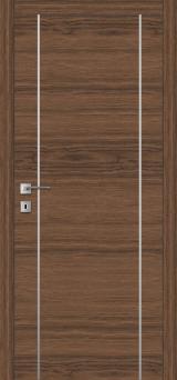 F 4 - Міжкімнатні двері, Шпоновані двері